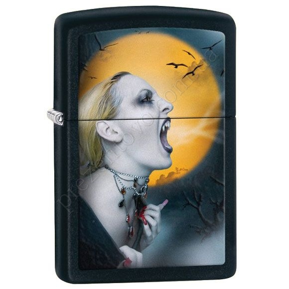 Запальничка Zippo 28435 Screaming Vampiress Black Matte